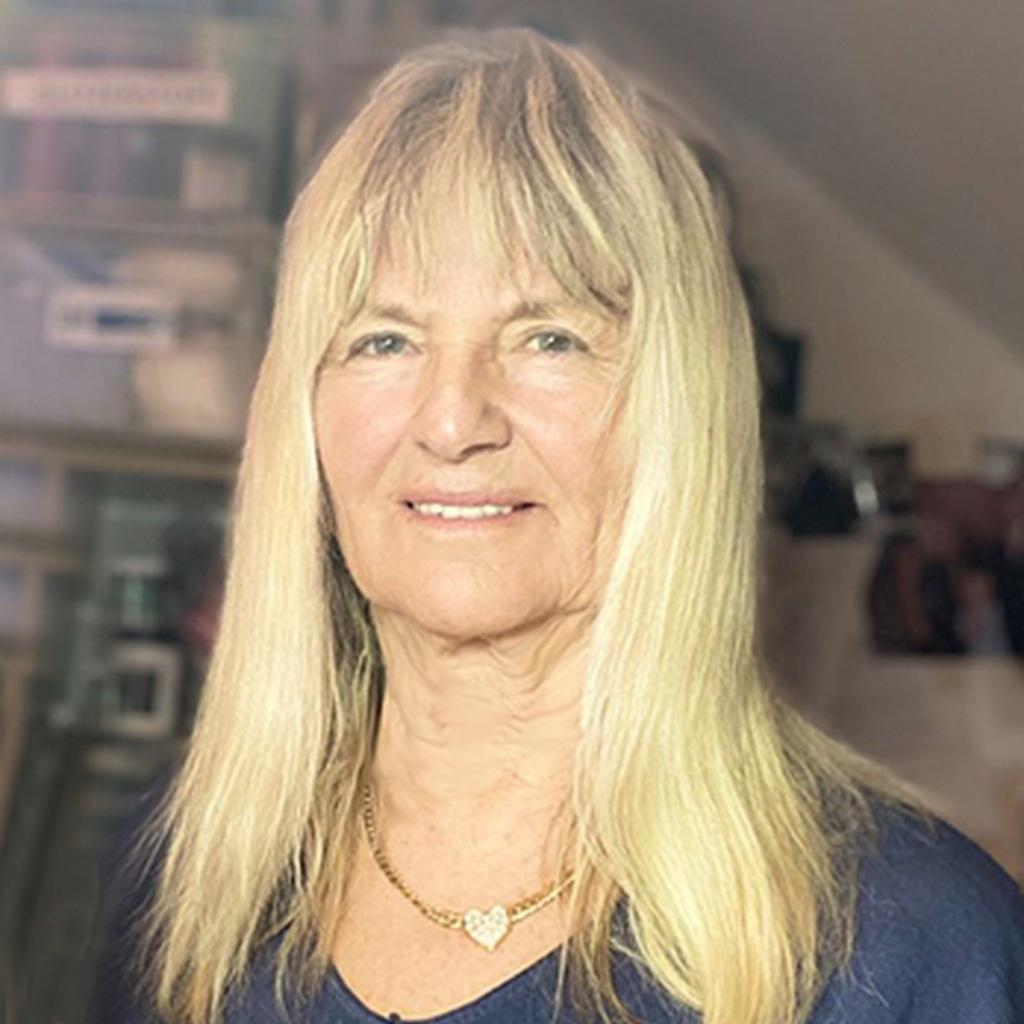 Helga Riedl